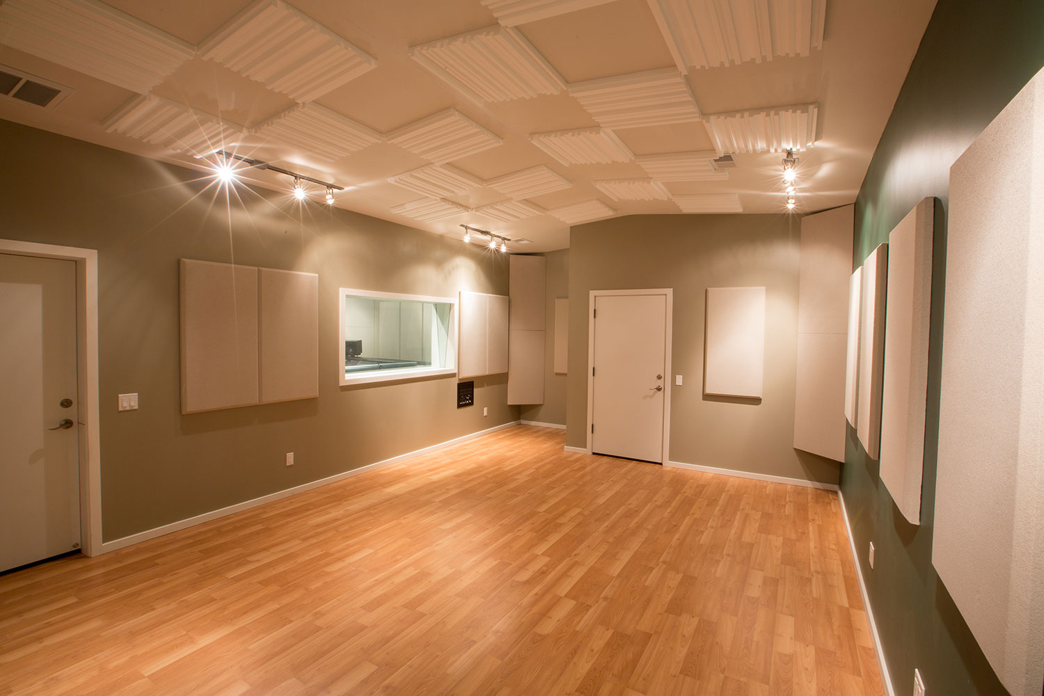 SGM Studio live room view of recording facilities in San Diego